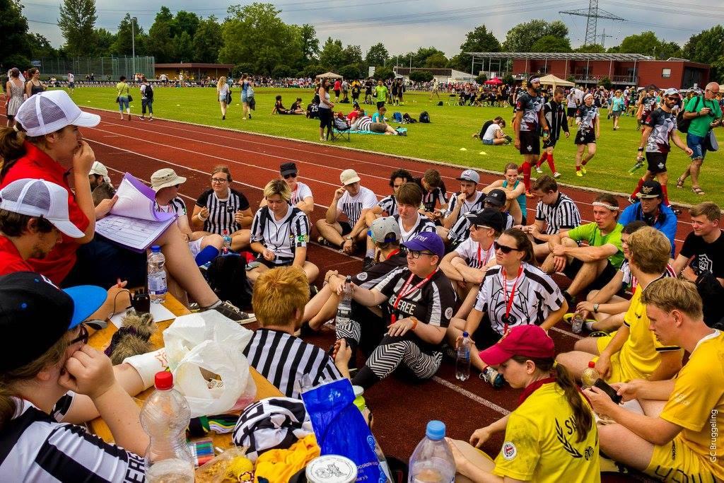 http://www.quidditchnederland.nl/wp-content/uploads/2017/05/Referee-Snitch-Crowd-World-Cup-2016.jpg
